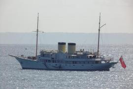 Joyas náuticas de antaño frente a la playa de Palmanova