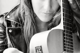Alejandra Burgos presenta nuevo disco en Sa Societat