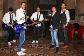 El Hard Rock Café Mallorca se llena de pop rock español de los 80 con La Movida Band
