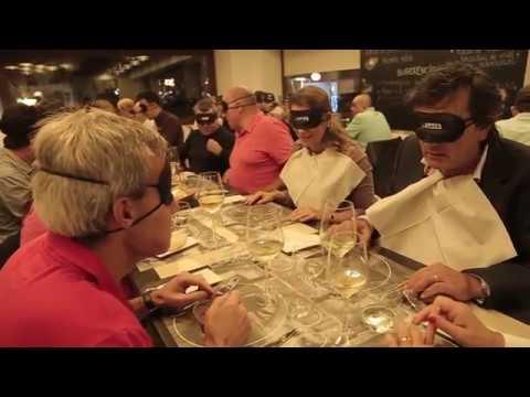 Cena a ciegas en el Día de la Once