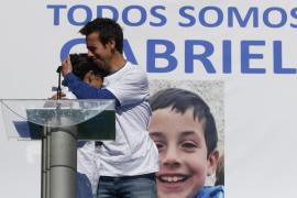 El padre de Gabriel Cruz da las gracias a los voluntarios que ayudaron a buscar a su hijo: «Conseguisteis convertir su cuerpo en gigante»