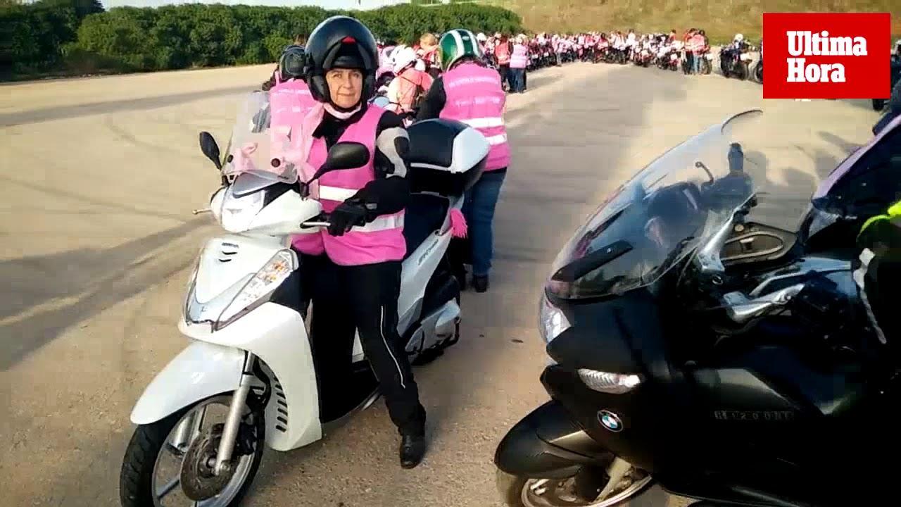 Cientos de chalecos rosas recorren Mallorca contra el cáncer de mama