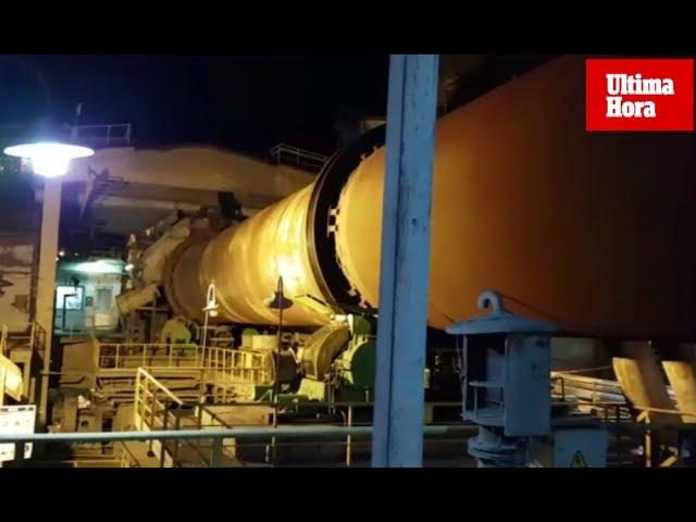 Los trabajadores de Cemex detienen el horno de la cementera de Lloseta