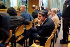 Condenan al exfutbolista Caminero a 4 meses de prisión por blanqueo capitales
