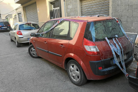 El coche en el que murió la niña por un golpe de calor