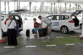 El Govern impulsa una aplicación para los móviles que permitirá pedir un taxi