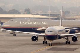 Un avión con decenas de pasajeros vuelve a tierra para cambiarlo por otro más pequeño