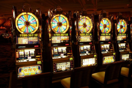 Condenan a una empresa de juegos de azar a pagar 2,5 millones de euros a un ludópata