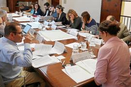 Oposición frontal de hoteleros y GOB a los proyectos de la ecotasa