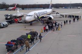 Ryanair aplicará la legislación nacional a los pilotos con base en España