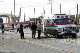 Cuatro muertos en un ataque de un grupo de sicarios a una ambulancia en México