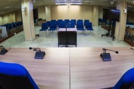 Piden 15 años de cárcel para un hombre acusado de violar y dejar embarazada a la hija de su pareja en Palma