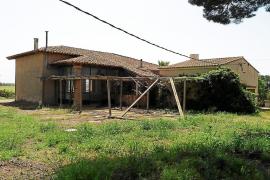La antigua escuela de Ca n' Estela acogerá un centro de investigación del Parc des Trenc