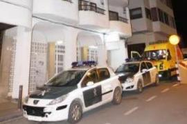 Un hombre muere en un piso de Ibiza en un incendio provocado por una colilla