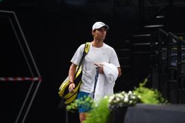 Nadal se retira del Masters de París y pierde el número 1