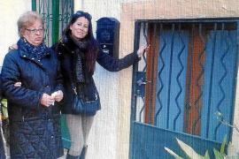 Una mujer murciana busca a su hermana, un 'bebé robado' que nació en Palma en los años 60