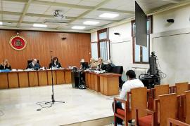 El hombre condenado por violar a su hijastra en Palma se fuga a Ecuador