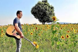 Rafa Ferrà presenta en Palma 'Mi felicidad', un álbum que «le da sentido a todo»