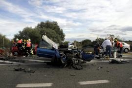 Una joven de 24 años muere tras un choque frontal en la carretera de es Cap Blanc