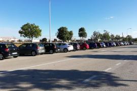 La policía sanciona 33 vehículos de 'rent a car' mal aparcados en Palma