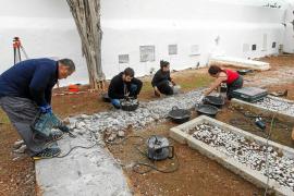 Comienza la exhumación para recuperar a las víctimas del franquismo en la fosa de Ibiza