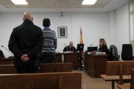 Once meses de cárcel por zarandear e intentar robar a su madre en Palma