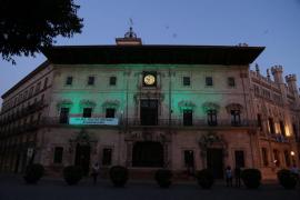 PP y Vox critican una charla feminista del Ayuntamiento de Palma por el 25N porque 'frivoliza' la violencia de género