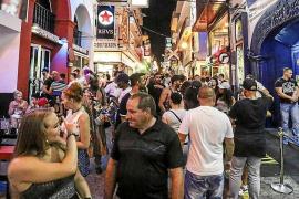 La cadena británica BBC analiza si la fiesta en Ibiza está desapareciendo