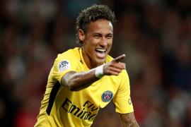 Neymar cobra por aplaudir a los hinchas del PSG tras los partidos