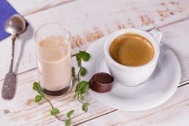 Tomar café ayuda a reducir el riesgo de Alzheimer y Parkinson