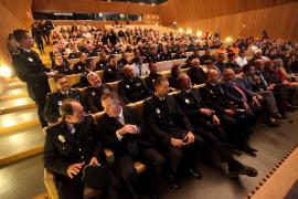 La entrega de medallas a policías locales de Ibiza, en imágenes (Fotos: Daniel Espinosa).