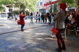 El teatro sale a la calle en Palma para sensibilizar sobre la violencia de género