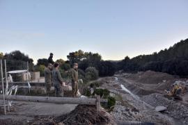 Militares en Artà para instalar un puente provisional