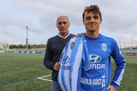 Fullana iguala a Artabe como máximo goleador del Atlético Baleares