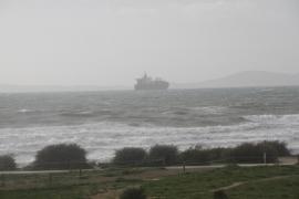 Mañana continúa la alerta en Balears por fuertes vientos