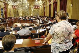 El futuro reglamento del Parlament impedirá pasar al Mixto tras dejar otro grupo