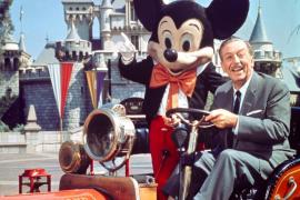 Mickey Mouse cumple 90 años y Disneyland París se rinde a sus pies