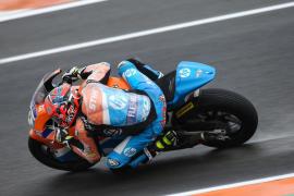 Oliveira gana en Moto2, Mir se cae y Augusto Fernández remonta hasta ser octavo