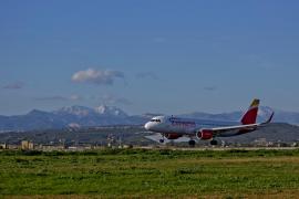 Iberia Express lanza descuentos de hasta el 50% por el 'Black Friday'