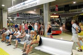 El 40 % de los autobuses que realizan el transporte interurbano están obsoletos