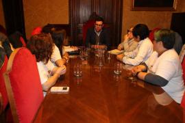 El alcalde de Palma, Antoni Noguera, manifiesta su apoyo a las 'kellys'