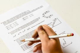 Matan a golpes a un niño en Francia por negarse a hacer los deberes
