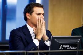 Rivera lamenta que se quite hierro al hecho de que los separatistas «escupan a España»