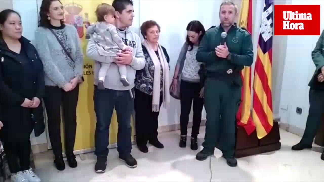 Emotivo acto de agradecimiento a los GEAS con afectados por las inundaciones en Sant Llorenç