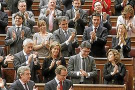 IU alerta a Rajoy de una «fractura social creciente» como consecuencia del paro