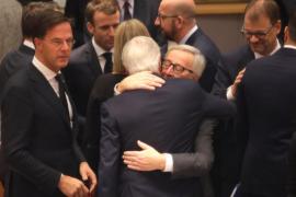 Los Veintisiete dan su apoyo político a los acuerdos del 'Brexit'