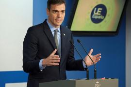 Sánchez traslada a May su voluntad de resolver la situación de Gibraltar