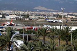 El Govern pedirá que el Estado obligue a fijar un precio máximo para los billetes aéreos