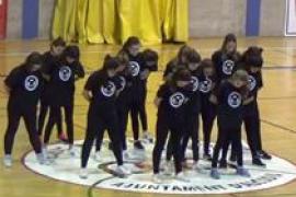Exhibición de baile moderno en el Auditori d'Alcúdia