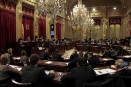 El PP acepta 3 de 240 enmiendas de oposición en Presidencia, Turismo y Educación